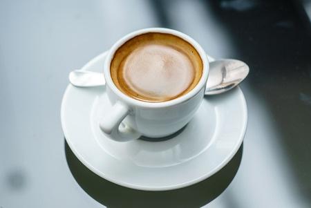 על כוס קפה  - לוותיקים