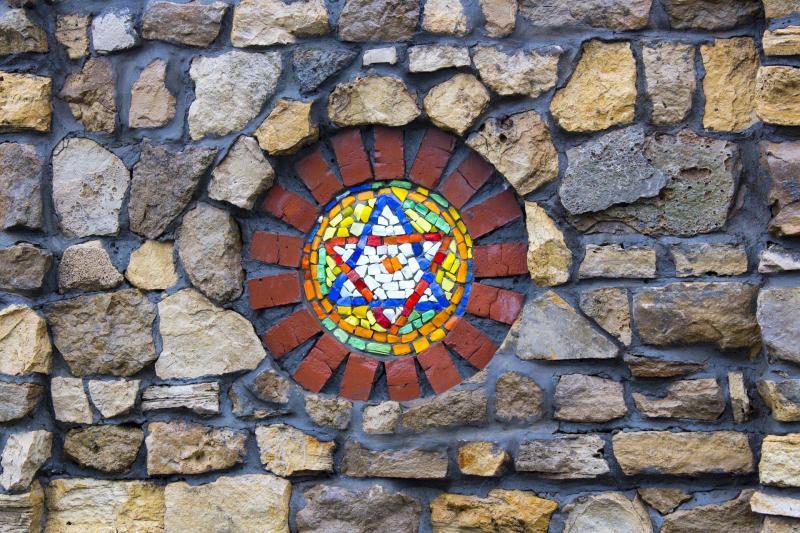 לוותיקים: מהאטונומיה היהודית להרי יהודה